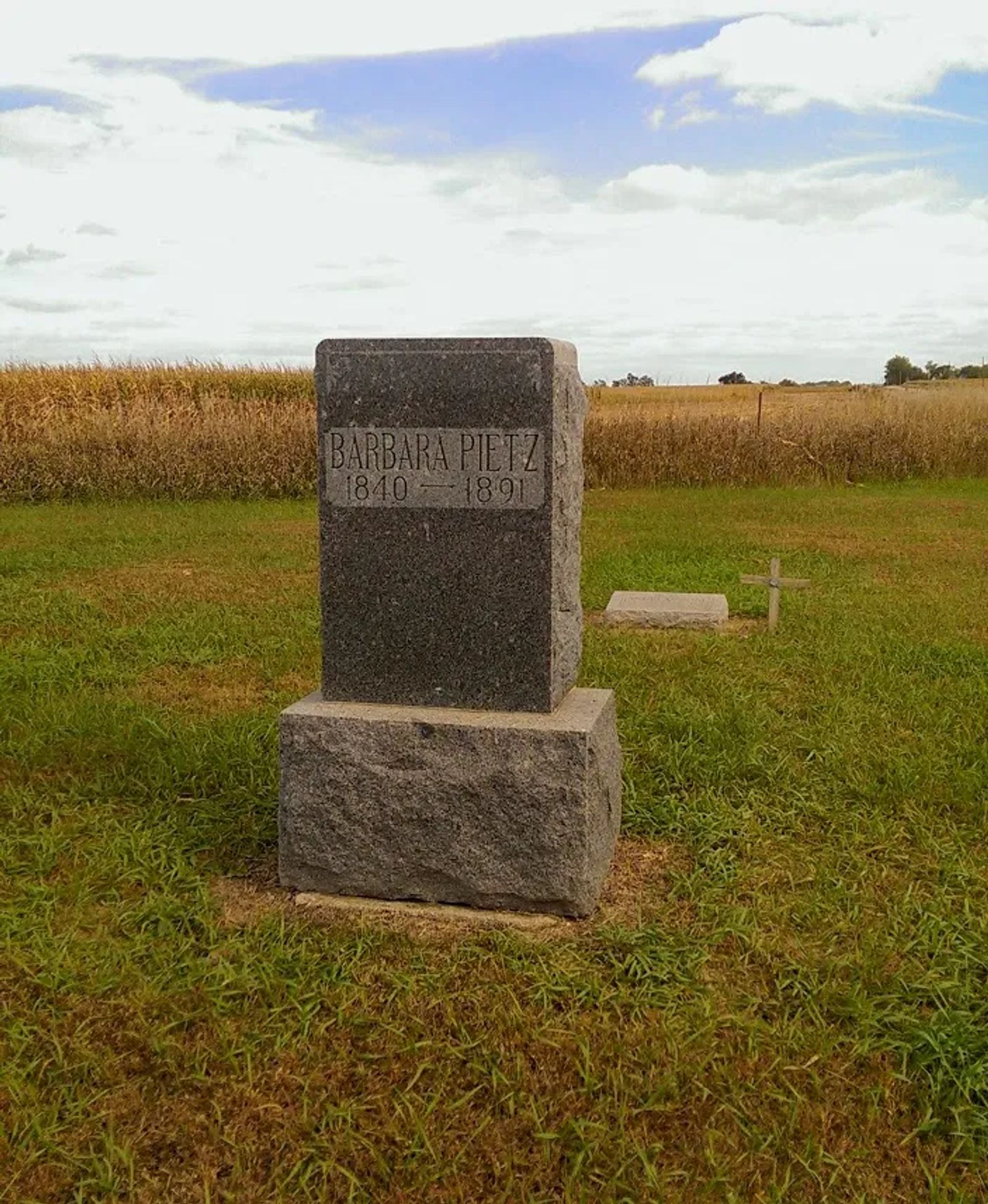 "Photo of The ""Pietz Cemetery"" near Scotland, South Dakota"