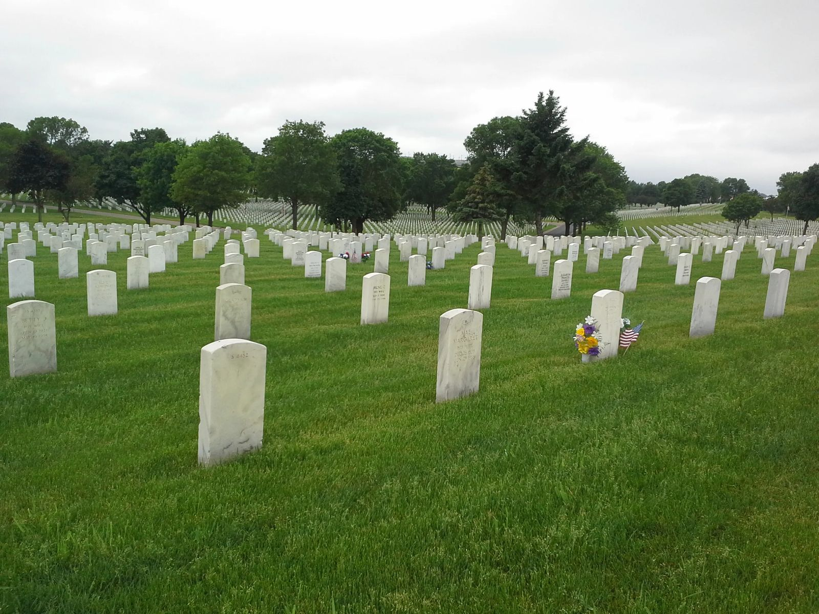 Photo of Fort Snelling National Cemetery, Minneapolis, Minnesota
