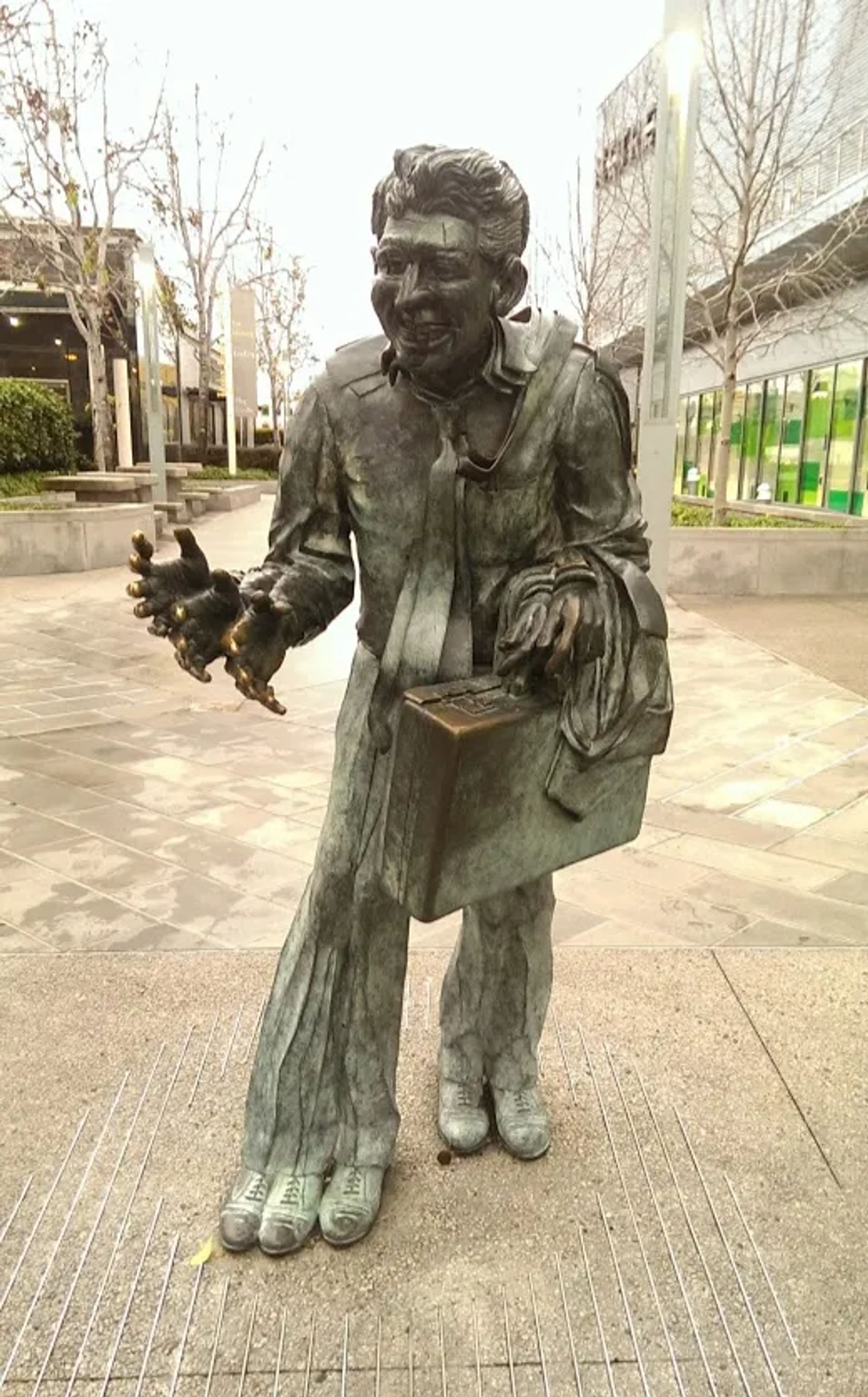 Photo of The shaking man statue in San Francisco, California